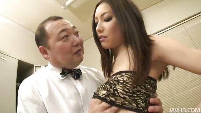 مادر کلیپ سوپر جنسی ژاپنی سینه بلند