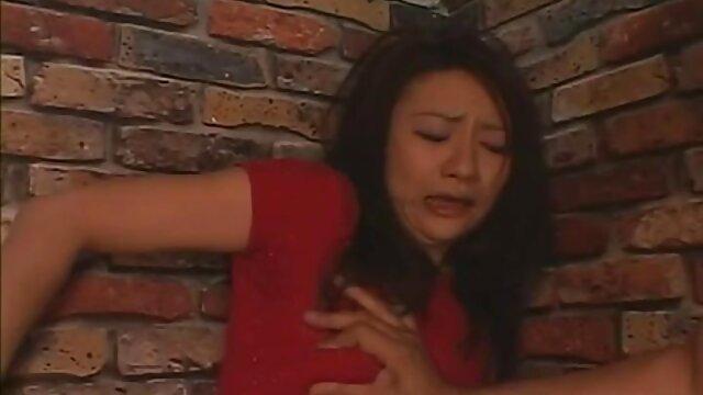 جوانان بزرگ اشلی وینترز توسط دیک سیاه مالیده کلیپ سوپر سکسی شده است