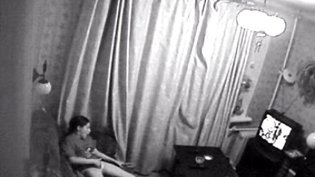کنزی ریوز نامادری جاسوسی او را اغوا کلیپ سوپر افغانی می کند